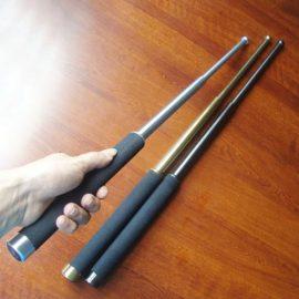 Gậy baton có bị cấm không? Xử lý như thế nào khi CSCĐ phát hiện mang baton?