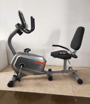 Xe đạp thể dục dành cho người già Body Fit Fitness-21241R